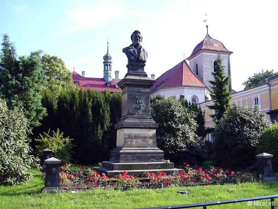 socha J. E. Purkyně